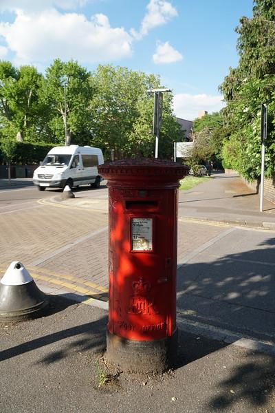 Pillar Box - EIIR - Kingston Road - Church lane
