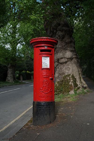 Pillar Box - EVIIR - Sheridan Road - Mostyn Road