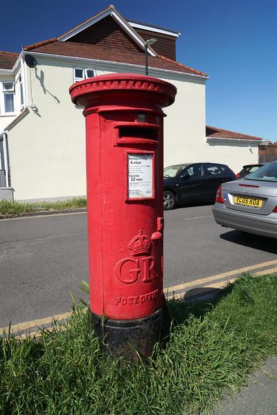 Leamington Avenue - Pillar Box - GR