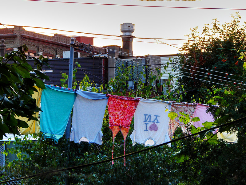 Montreal - Washing Line