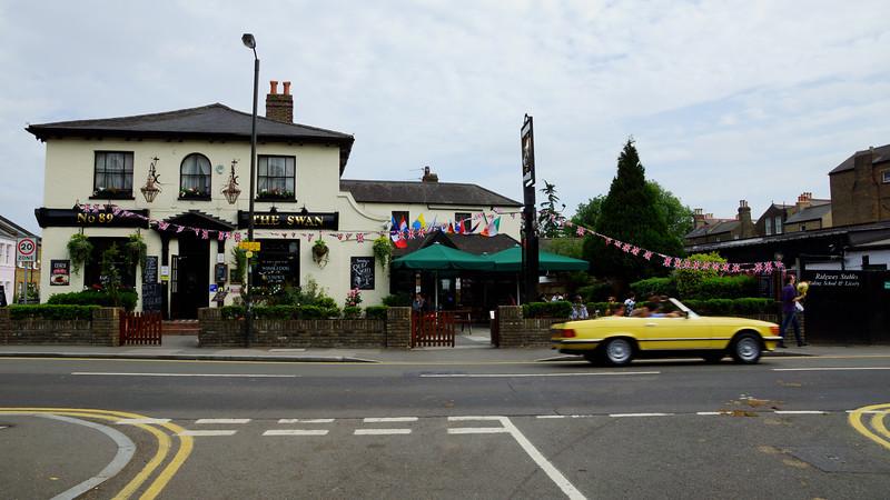 The Swan Public House - Wimbledon