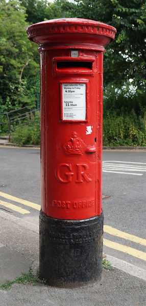 Pillar Box - GR - Cannon Hill Lane - Manor Road