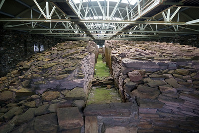 Midhowe Broch and Chambered Tomb