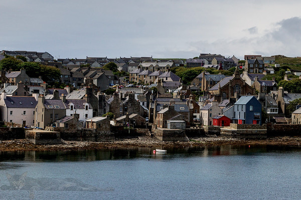 Sailing into Stromness
