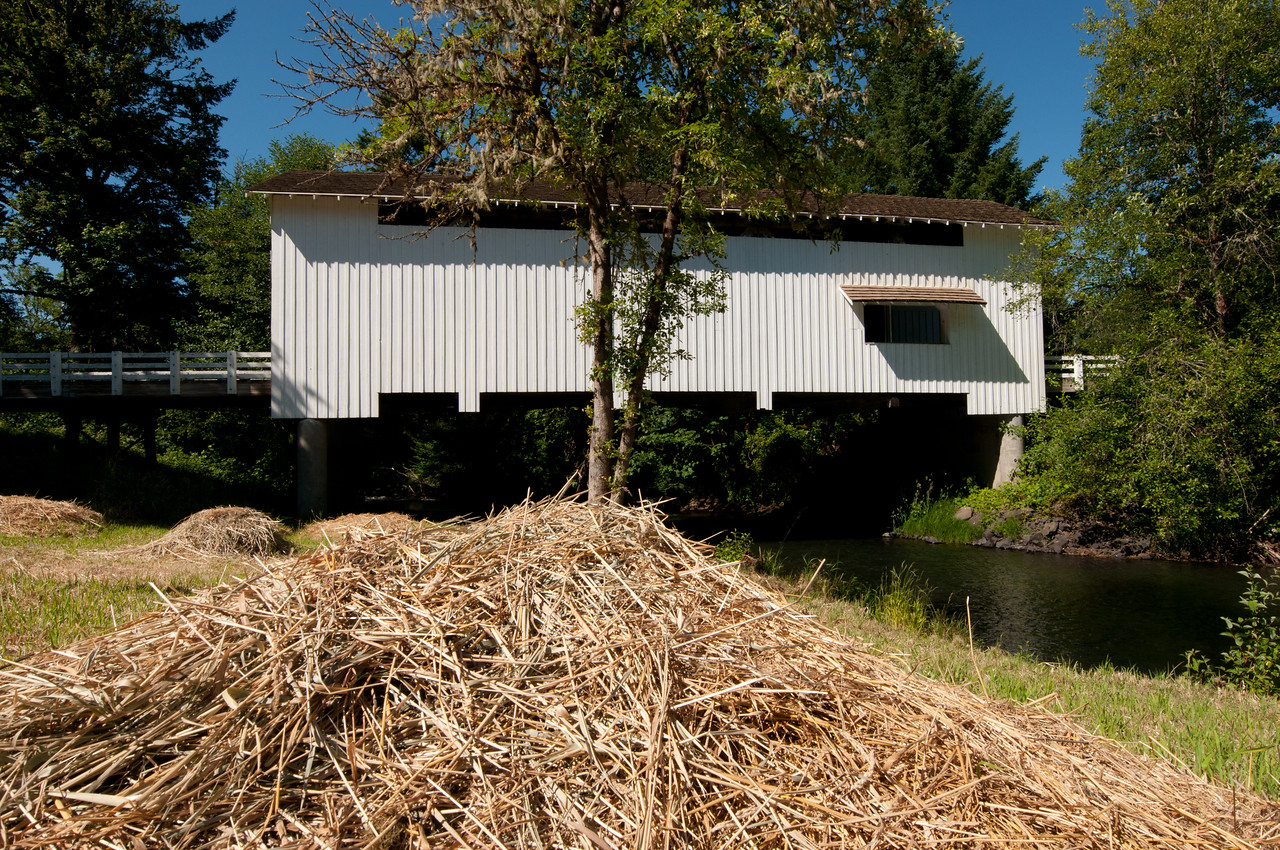 Earnest Covered Bridge 1. Take exit 194 off I-5 and drive east on Hwy 126. Take the Marcola exit and drive about 8 miles NE past Marcola. The bridge is about a mile past Marcola.