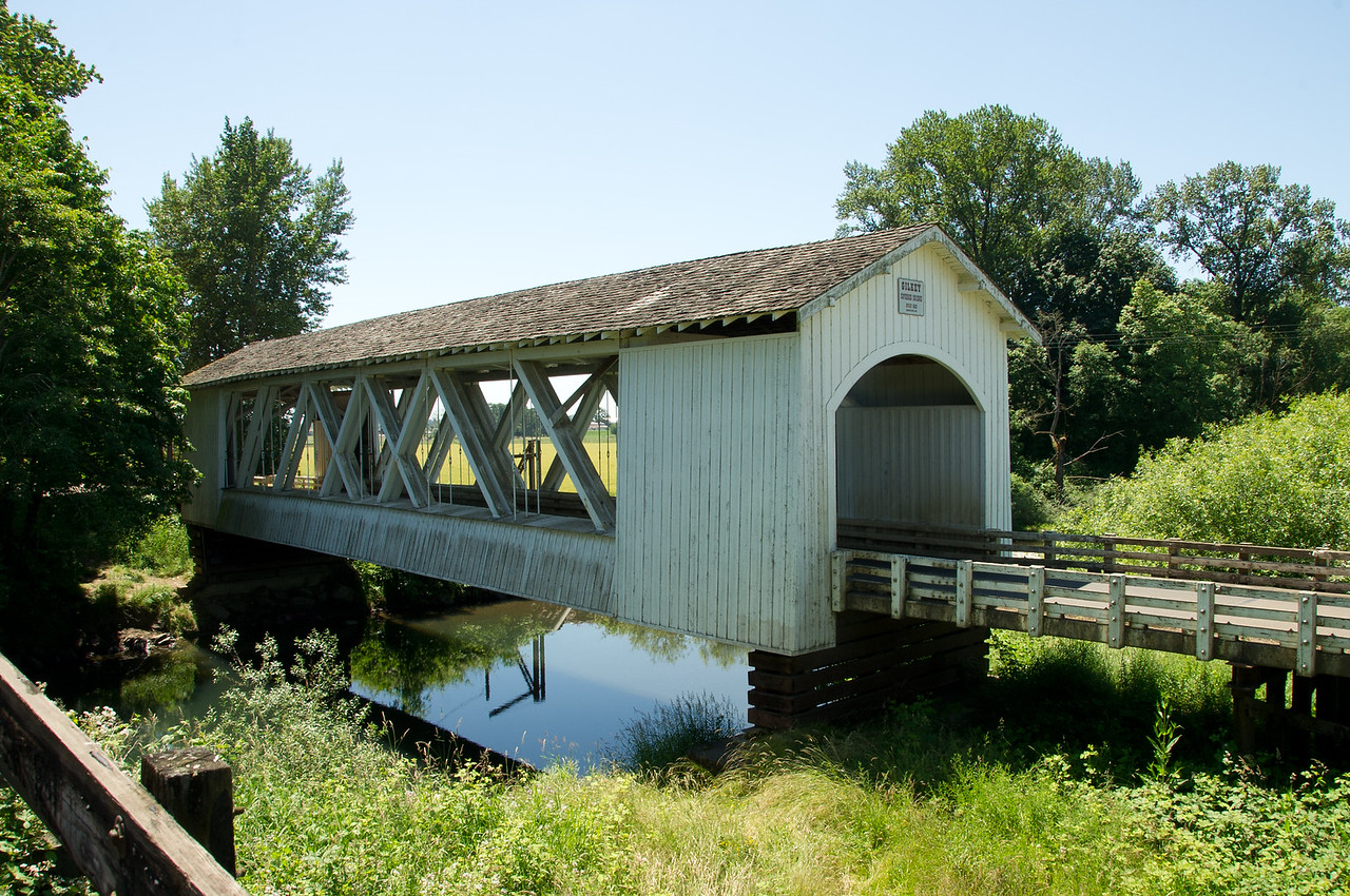 Gilkey Covered Bridge 1. Take exit 233 from I-5 and drive east on Hwy 20. Turn left on Hwy 226 and take the Crabtree exit. In Crabtree, turn north on Gilkey Road and stay on it until you reach the bridge.