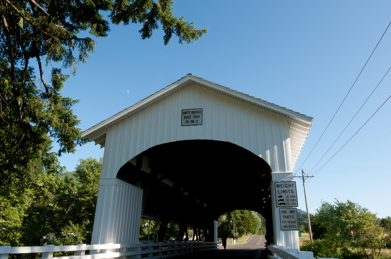 Unity Covered Bridge 1. Take exit 188 from I-5 on Hwy 126. Drive about 12 miles to the Lowell Covered Bridge and turn left. Drive several miles north to the Unity Bridge.