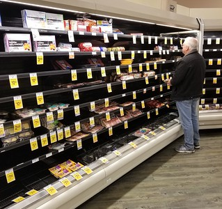 pandemic shopping Delaware (7)