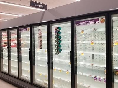 pandemic shopping Delaware (4)