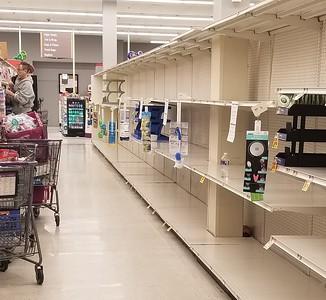 pandemic shopping Delaware (3)