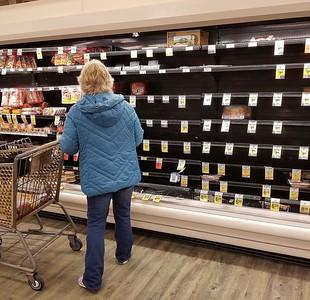 pandemic shopping Delaware (6)