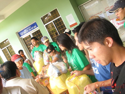 CPP Aid Expedition Kien Giang Food Distribution