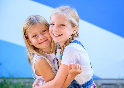 Siblings2019-7445