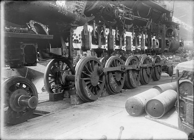 2018.18.GP.009--philip weibler collection 5x7 glass plate neg--CRI&P--steam locomotive 2-10-2 N-78 3003 receiving new driving boxes at company shops--Silvis IL--no date