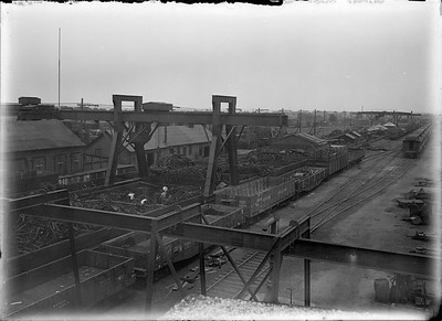 2018.18.GP.022--philip weibler collection 5x7 glass plate neg--CRI&P--company shops boneyard with overhead crane--Silvis IL--no date