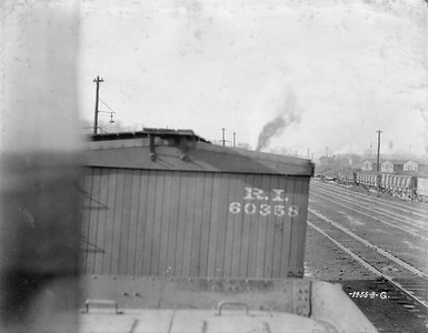 2020.016.F.011M--phil weibler collection 8x10 print--CRI&P--wooden boxcar 60358 end view detail--location unknown--no date