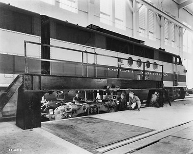 2020.016.OD.005--phil weibler collection 8x10 print--GN--new diesel shop interior view--Havre MT--1945 0000