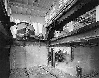 2020.016.OD.006--phil weibler collection 8x10 print [Hedrich-Blessing]--GN--new diesel shop interior view--Havre MT--1945 0000