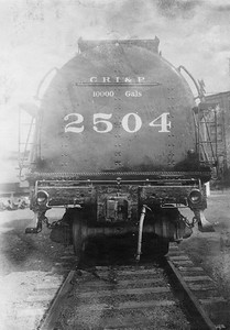2020.016.S.028--phil weibler collection 5x7 photostat--CRI&P--steam locomotive 2-8-2 2504 tender rear end view--location uknown--no date