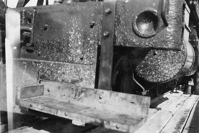 2020.016.S.038--phil weibler collection 2.5x3.5 print--CRI&P--steam locomotive 4-6-0 T-31 1559 front view of footboards installed on pilot--location unknown--no date