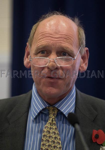 Robert Heneage