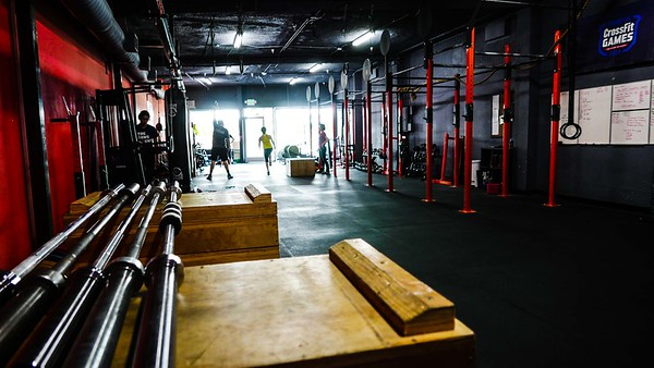 FULLOUT CROSSFIT-MID-WILSHIRE