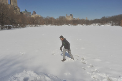 CROSSING CENTRAL PARK LAKE / Walking On Thin Ice - Winter 2014