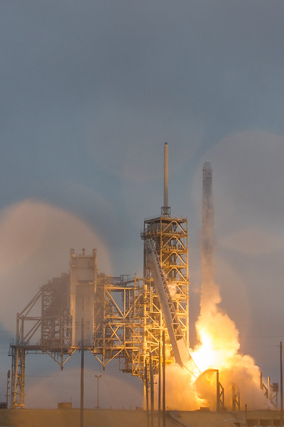 CRS10 Falcon9 by SpaceX - Feb 19, 2017