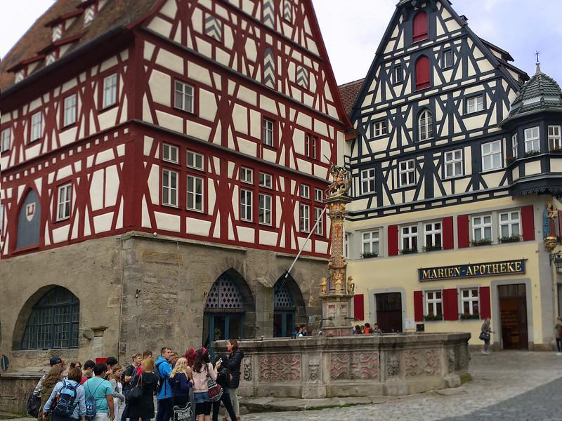 Rothenburg ob der Tauber, School Children on Tour