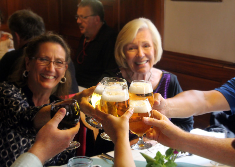 Viking Cruise, Guests Enjoying Lunch in Rothenburg ob der Tauber
