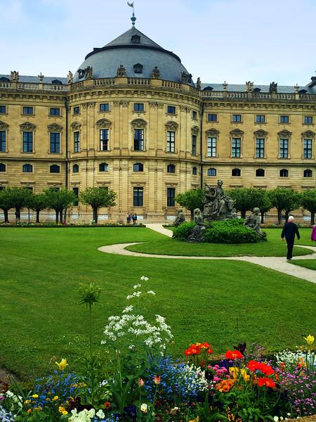 Würzburg Germany, Bishops' Residenz, Gardens, Vertical