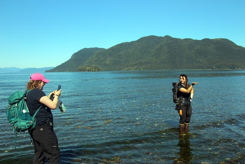 Un-Cruise Adventures,  Crew Guides, Nature Walk