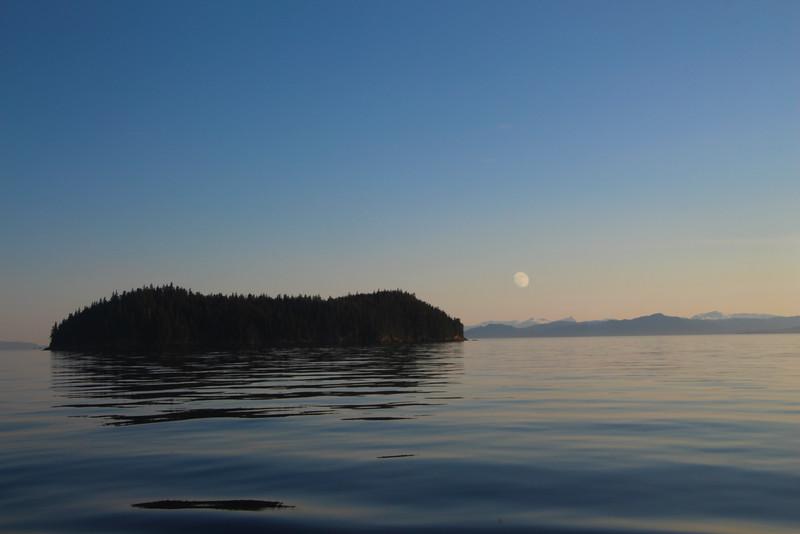 Un-Cruise Adventures, Moon Over Stephens Passage