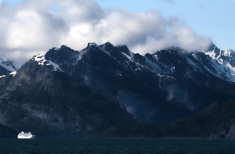 Un-Cruise Adventures, Dramatic Mountain View, Glacier Bay National Park