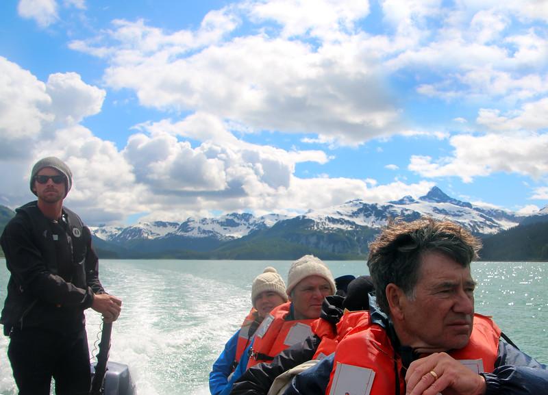 Un-Cruise Adventures, Skiff Tour of Glacier Strait, Glacier Bay National Park