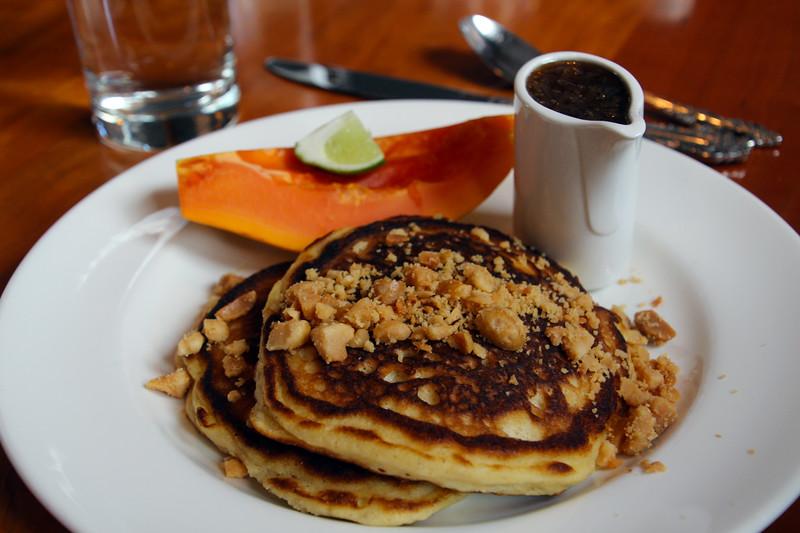 Hawaii, UnCruise Adventures, Macademia Pancake Breakfast