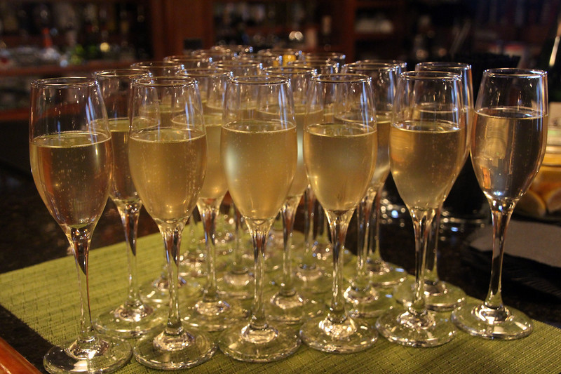 Hawaii, UnCruise Adventures, Welcome Champagne