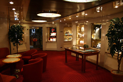 On board M/S ATHENA : jewelry and gift shop, Calypso deck.
