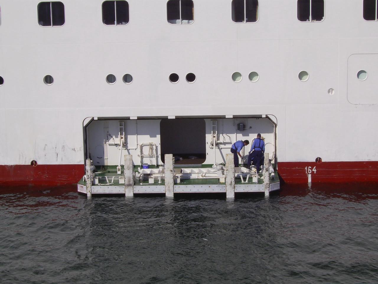 M/S AURORA : lower embarking platform.
