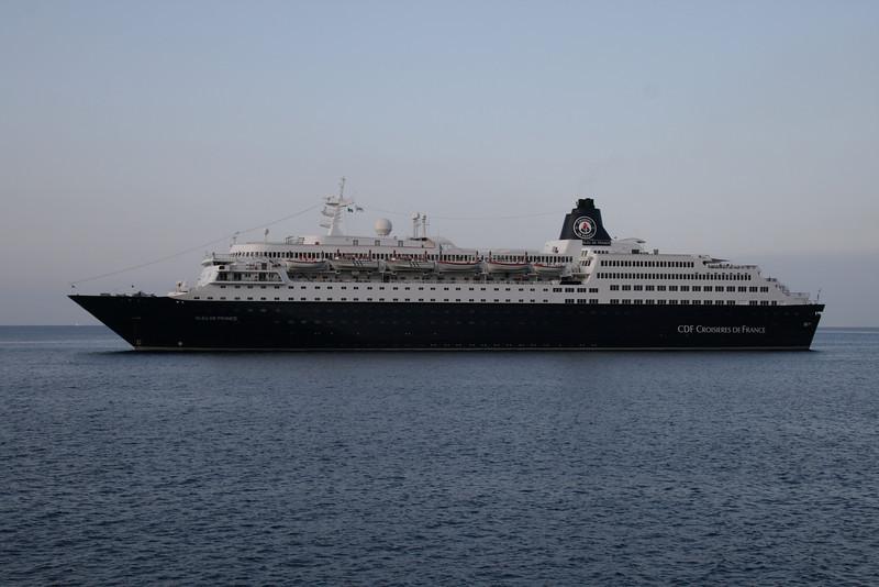 M/S BLEU DE FRANCE offshore Capri.