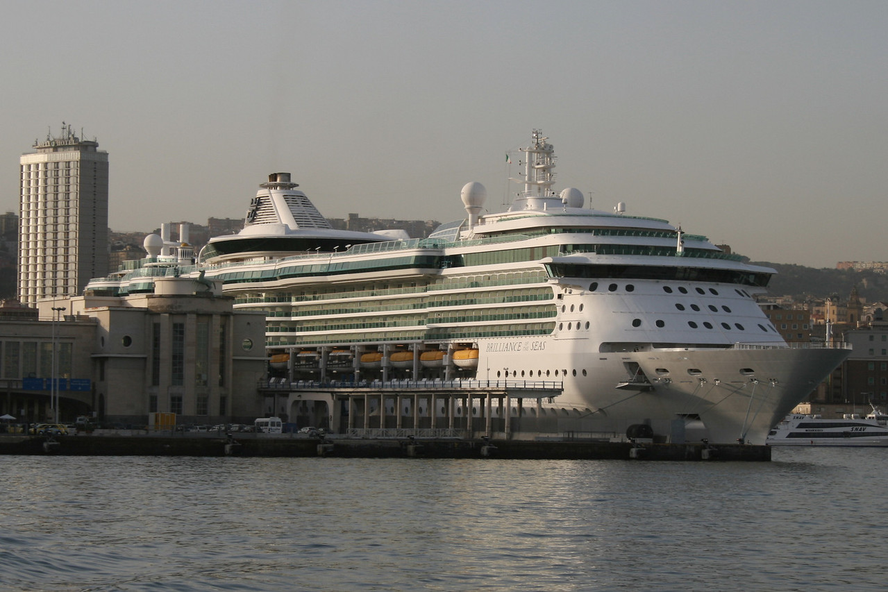 BRILLIANCE OF THE SEAS in Napoli.