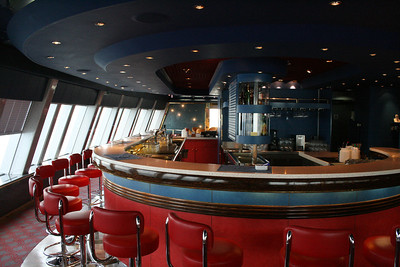 2011 - On board M/S C.COLUMBUS : Bar, deck 4.