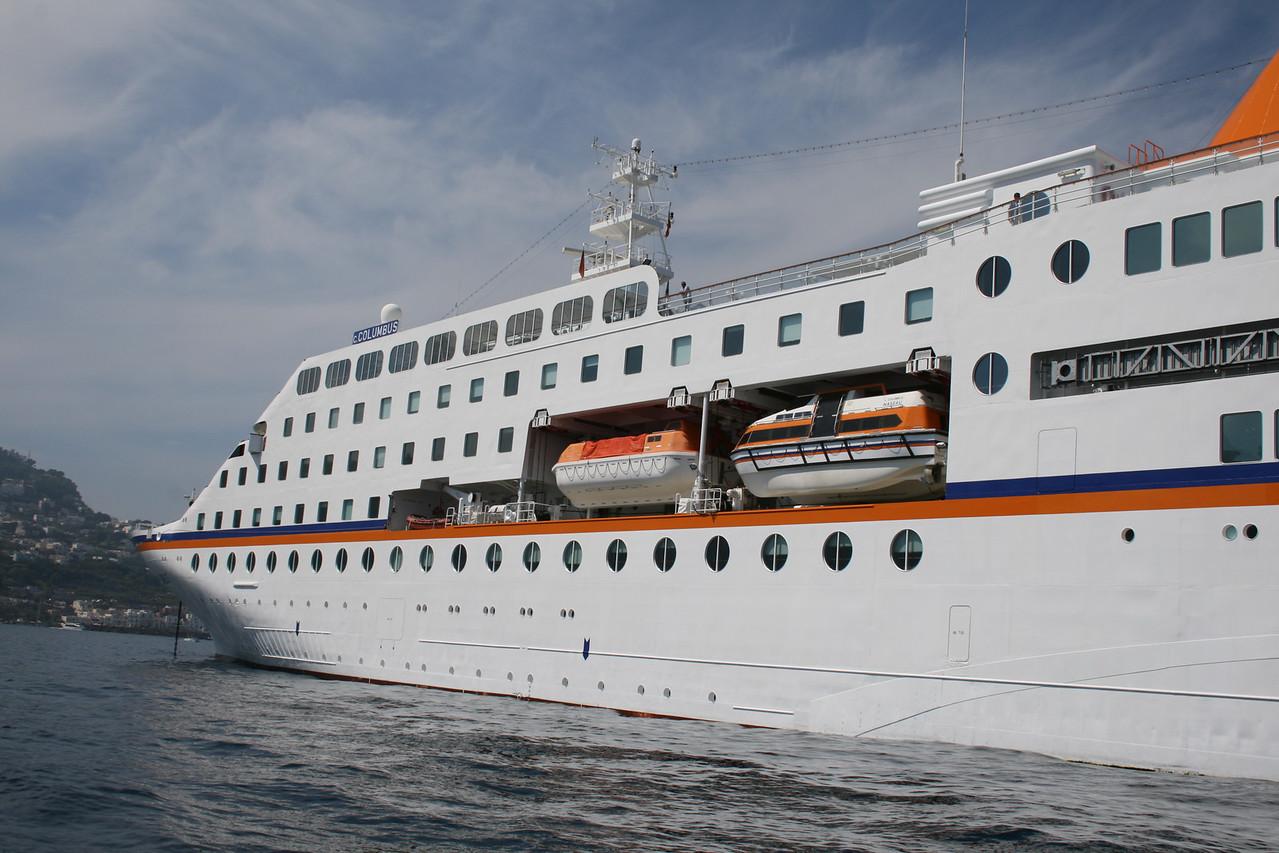 2011 - M/S C.COLUMBUS offshore Capri.