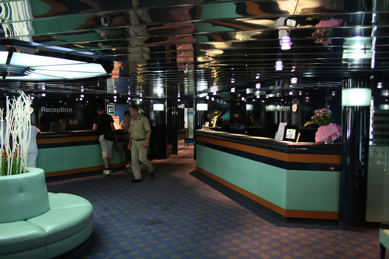 2011 - On board M/S C.COLUMBUS : Reception, deck 3.