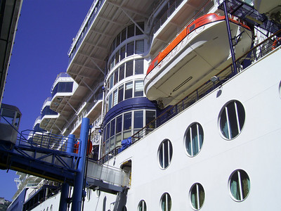 GTS CELEBRITY CONSTELLATION in Napoli. Passengers' gangway.