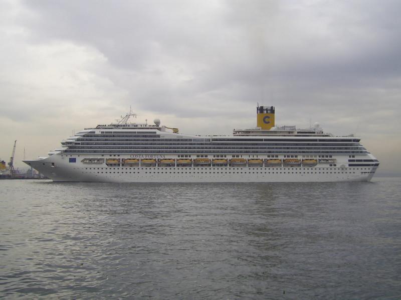 M/S COSTA FORTUNA arriving in Napoli.