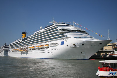 2008 - M/S COSTA SERENA in Venezia.