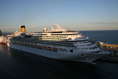 2009 - M/S COSTA SERENA in Barcelona.