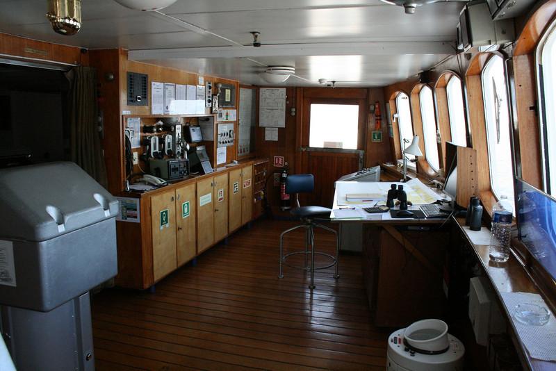 On board T/S FUNCHAL : the bridge.