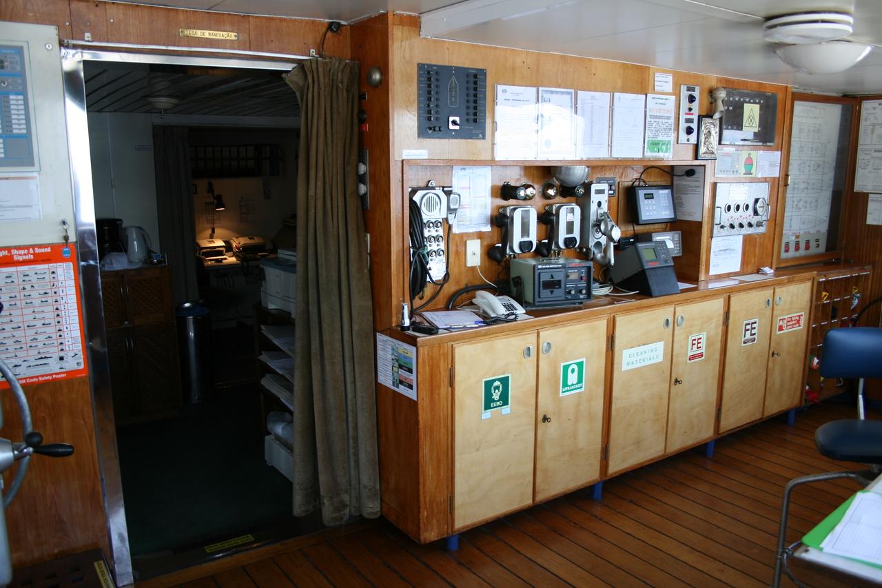 On board T/S FUNCHAL : communication center, bridge.